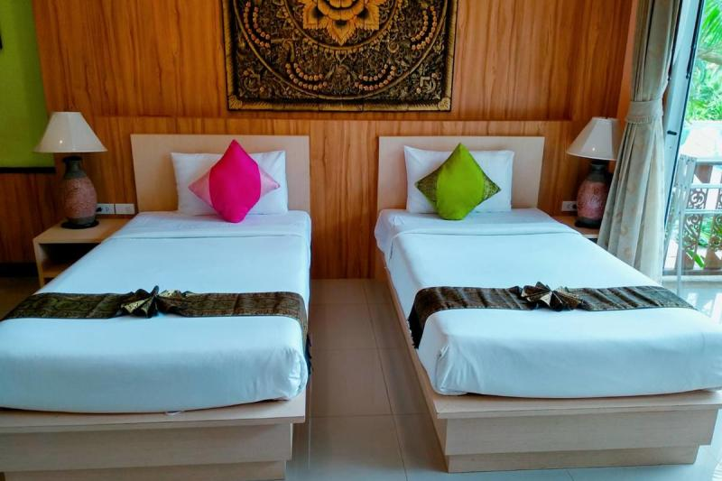 7 éj Koh Chang Coconut Beach Resort + 2 éj Bangkok Cha Da 3*